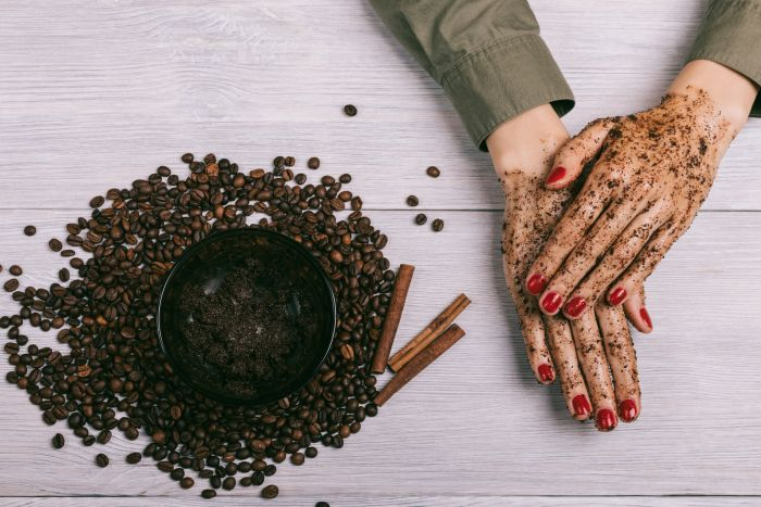 Callyssee Coffea Arabica - 4 Reasons to Exfoliate with Coffee